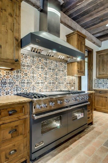 Custom_Home_CookCenter_Vaquero_PO_100-16